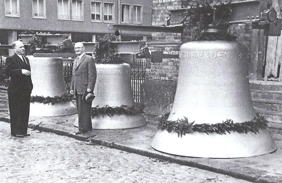 Glocken der Friedenskirche 1957