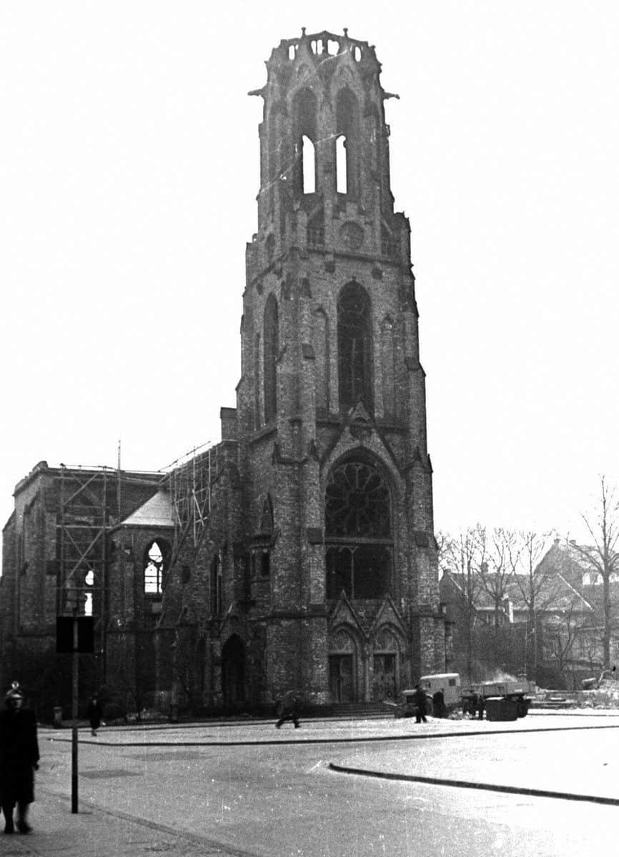 Friedenskirche Krefeld um 1945